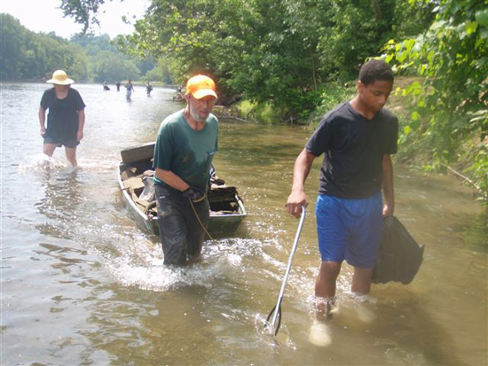 volunteers on Conodoguinet Creek