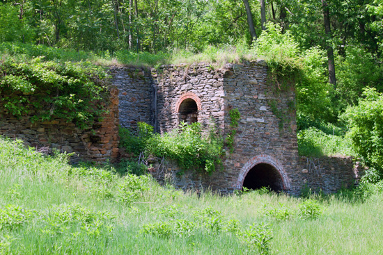 A historic iron ore kiln near Minebank Run.