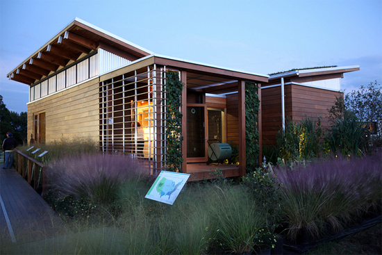 University of Maryland WaterShed house (Image courtesy Stefano Paltera/U.S. Department of Energy Solar Decathlon)